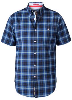 """Overhemd """"Watson"""" van merk D555 in de kleur navy check, gemaakt van organic cotton."""