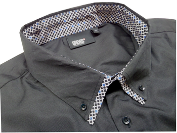 Greyes Overhemd met stijlvolle contrasterende elementen aan de binnenkraag en de knooplijst en contrasterende stiksel bij de knoopjes, doorlopende knooplijst en een buttondown kraag.