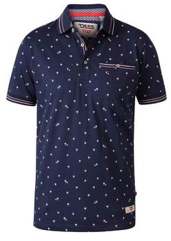 """Polo """"Thames"""" van merk D555 in de kleur navy, gemaakt van organic cotton. Met borstzakje op de linkerborst."""