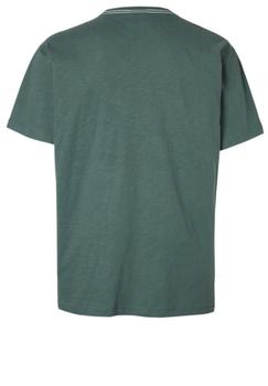 Stoer t-shirt met trendy opvallende print aan de voorkant. Door de mooie kleurencombinatie is dit shirt een echte blikvanger.