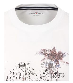 t-shirt van merk CASA MODA in de kleur wit, gemaakt van 100% katoen. Dit T-shirt is gemaakt van puur katoen en is zeer comfortabel om te dragen. Het sportieve design met trendy logo print past perfect bij elke sportieve look en is op vele manieren te combineren. Of het nu met jeans, chino's of shorts is, dit T-shirt kan veelzijdig worden gedragen en is een absolute must have voor elke garderobe.