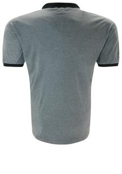 Grijs Poloshirt van One Jumper by Melvinsi met speelse print. De polo heeft een zwart kleuraccent aan de kraag en mouwen en een 3-knooplijst aan de kraag. Gemaakt van zacht katoen voor optimaal draagcomfort.