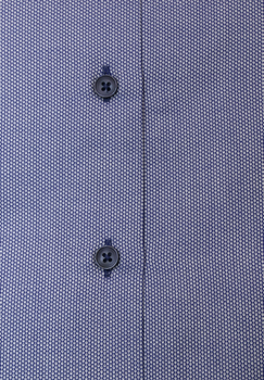 Mooi blauw overhemd met lange mouwen van Melvinsi. Het overhemd heeft een klassieke kraag, dubbele knoopsluiting aan de manchetten en een open borstzakje op de linker borst. Het overhemd is rond afgezoomd. Erg leuk overhemd om zakelijk en casual te dragen.