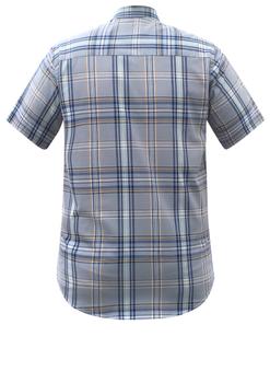 Overhemd met korte mouwen van Melvinsi uitgevoerd in een regular fit model. Licht blauw geruit overhemd met button kraag en witte knopen. Op de linker borst zit een open borstzakje met logo. Het overhemd is rond afgezoomd. Mooi zomers overhemd die u kunt dragen op de warme lente en zomerdagen.