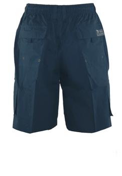 Praktische Navy Cargo shorts van D555 met twee open steekzakken, twee zijzakken met ritssluiting. De shorts hebben een elastische band met een aantrektouwtje voor een optimaal draagcomfort. Een handige basic voor deze zomer!