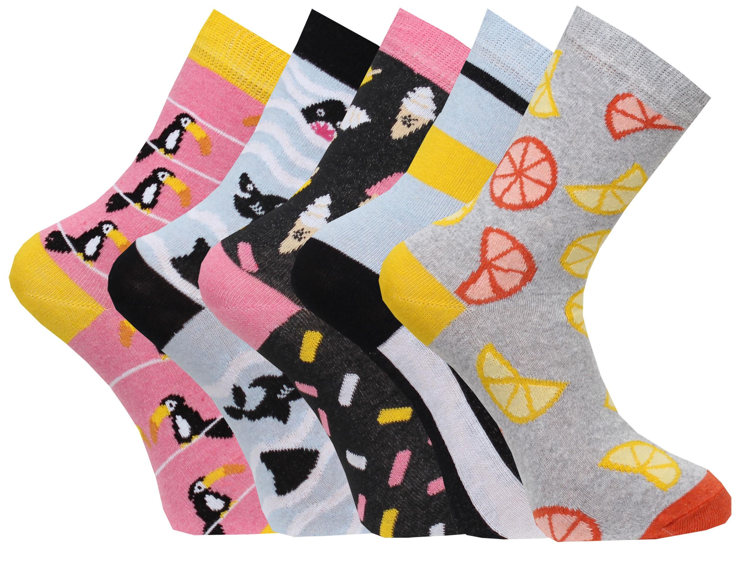 5-pack sokken van het Zweedse merk Capital in super hippe, happy kleuren, gemaakt van 80% katoen. 15% polyamide, 5% elastic.