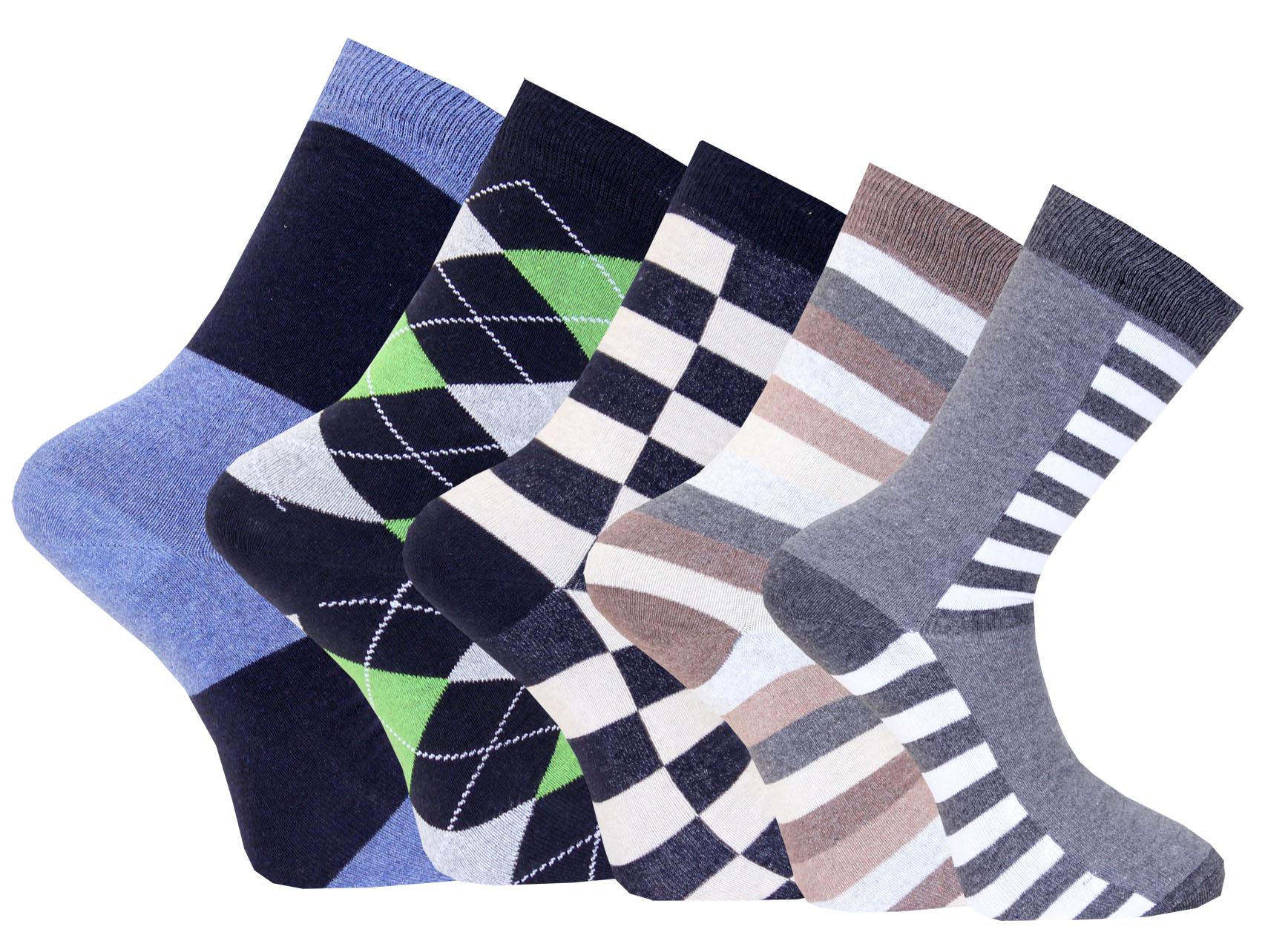 5-pack sokken van het Zweedse merk Capital in diverse kleuren, gemaakt van 80% katoen. 15% polyamide, 5% elastic.
