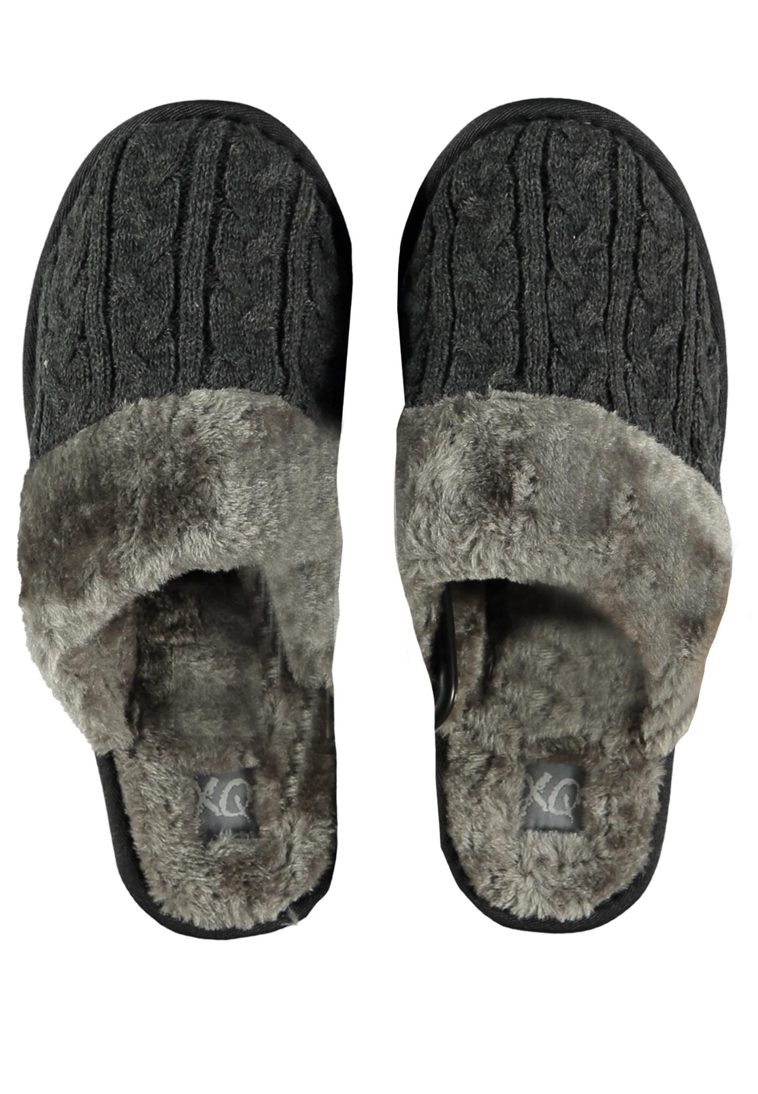 Mooie pantoffels met (nep) bont van het merk Appolo. Leuke grijze pantoffels voor lekkere warme voeten in de herfst en winter. Lekker zacht en comfortabel voor de voeten.