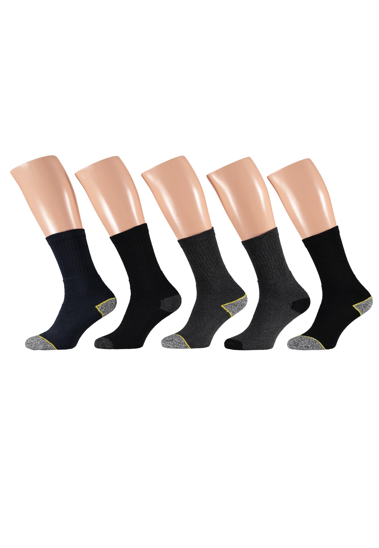 10 paar sokken van het merk Apollo. Deze Apollo Worker sokken hebben verstevigde hak en teen stukken voor optimaal draagcomfort. U ontvangt 2 bundels met in totaal 4 paar zwarte sokken, 4 paar grijze sokken en 2 paar blauwe sokken.