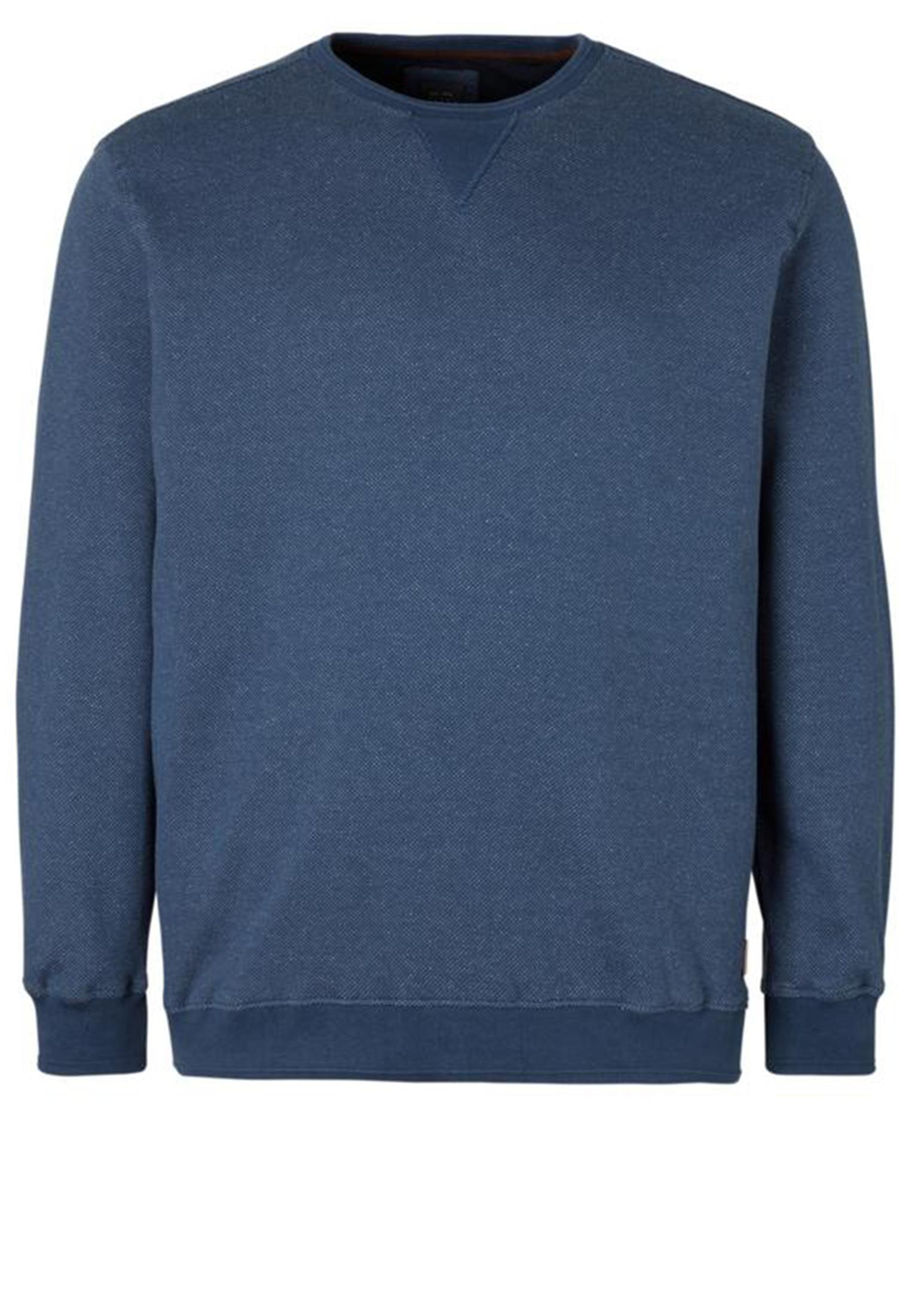 Leuke kwalitatieve sweater van het merk Kitaro gemaakt van een lekkere zachte stof. Deze blauwe trui met witte accenten in de stof heeft een ronde hals van elastische rib-stof en elastische rib-stof aan de mouwen en zoom, dit geeft de sweater een mooie pasvorm.