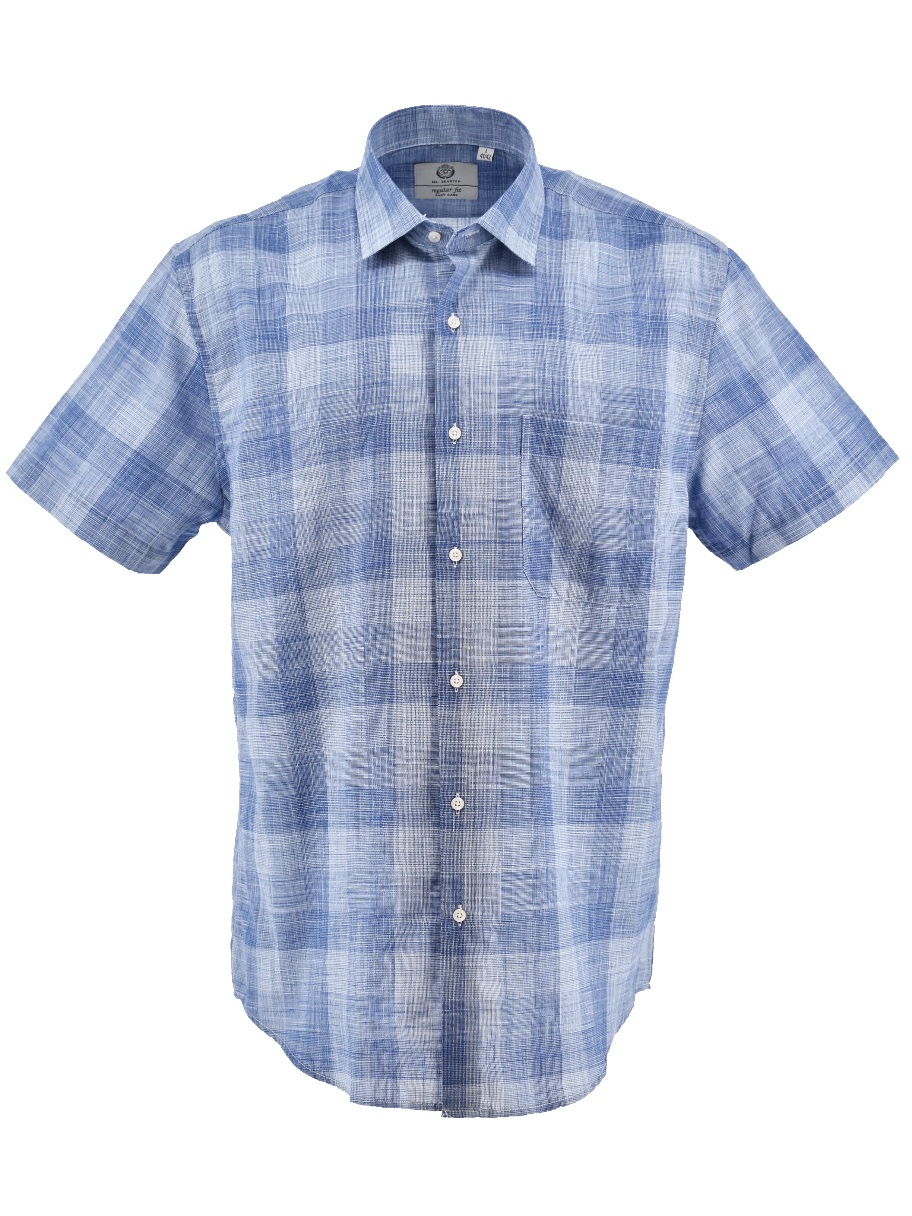 Mooi blauw geruit overhemd van Mr. Marten met borstzakje op de linkerborst.
