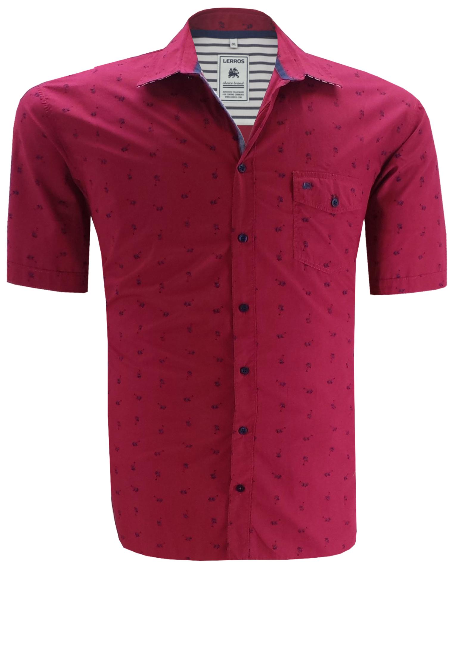 Zomers overhemd met palmbomenmotief, een klassieke kraag, een afsluitbaar borstzakje met merklogo op de linker borst en een stof met contrasterende streep in de schouderpass. Het overhemd is rond afgezoomd.