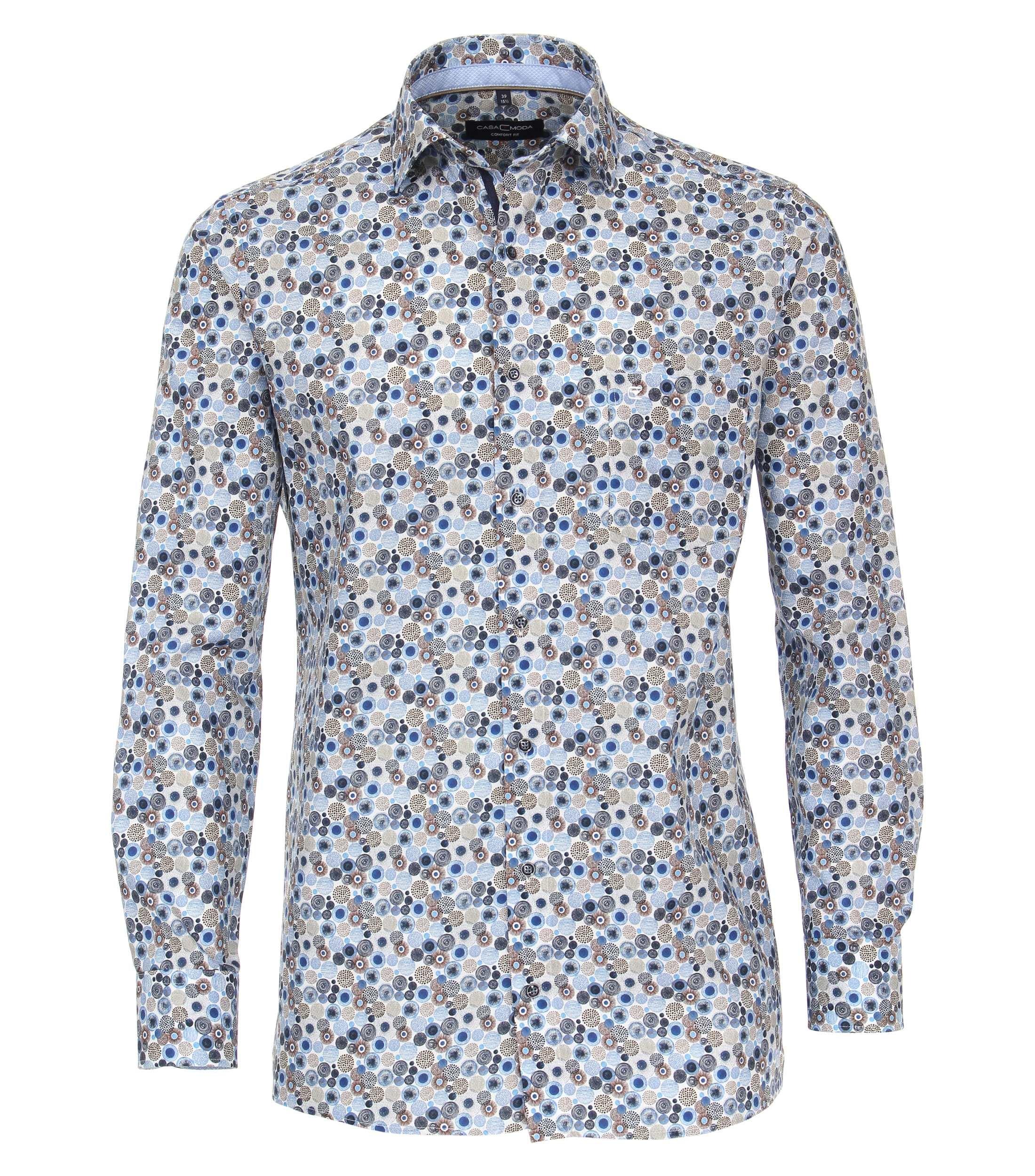 Overhemd met print van merk CASA MODA in de kleur blauw, gemaakt van 100% katoen. Dit vrijetijdsshirt met comfortabele comfort fit overtuigt door een hoog draagcomfort dankzij de pure katoen kwaliteit. De all-over print voegt modieuze accenten toe en maakt elke vrijetijdslook stijlvol af. Een echte must have voor de modebewuste man. Combineer hem comfortabel met jeans of chino's en begin de dag in stijl.