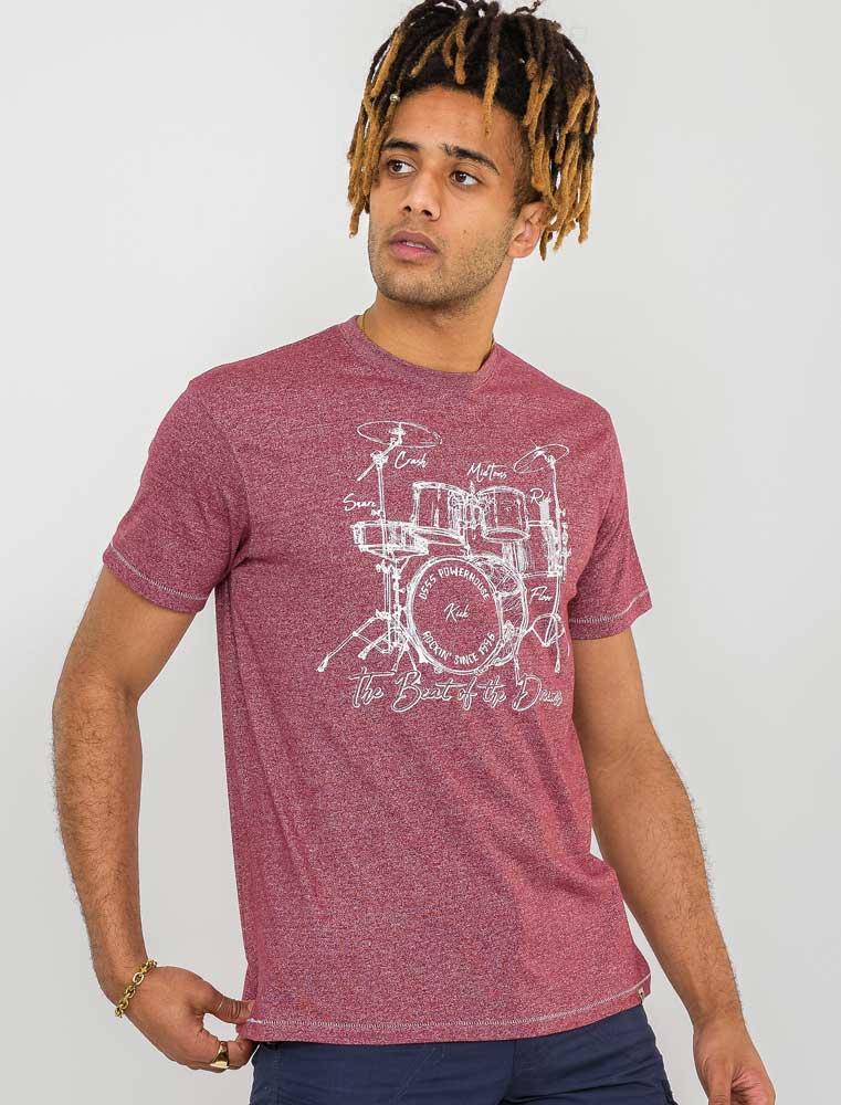 """T-Shirt """"Blunt"""" van merk D555 in de kleur burgundy twist, gemaakt van organic cotton / polyester."""