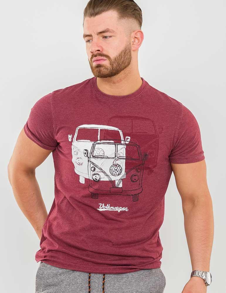 "T-shirt ""Hughes"" van merk D555 in de kleur red marl, gemaakt van organic cotton. Official Licensed VW Product Trio Campervan Printed T-Shirt"