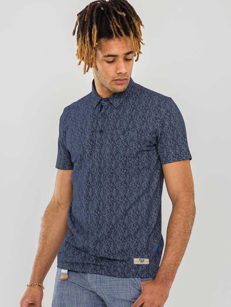 """polo """"Sefton"""" van merk D555 in de kleur navy, gemaakt van organic cotton."""