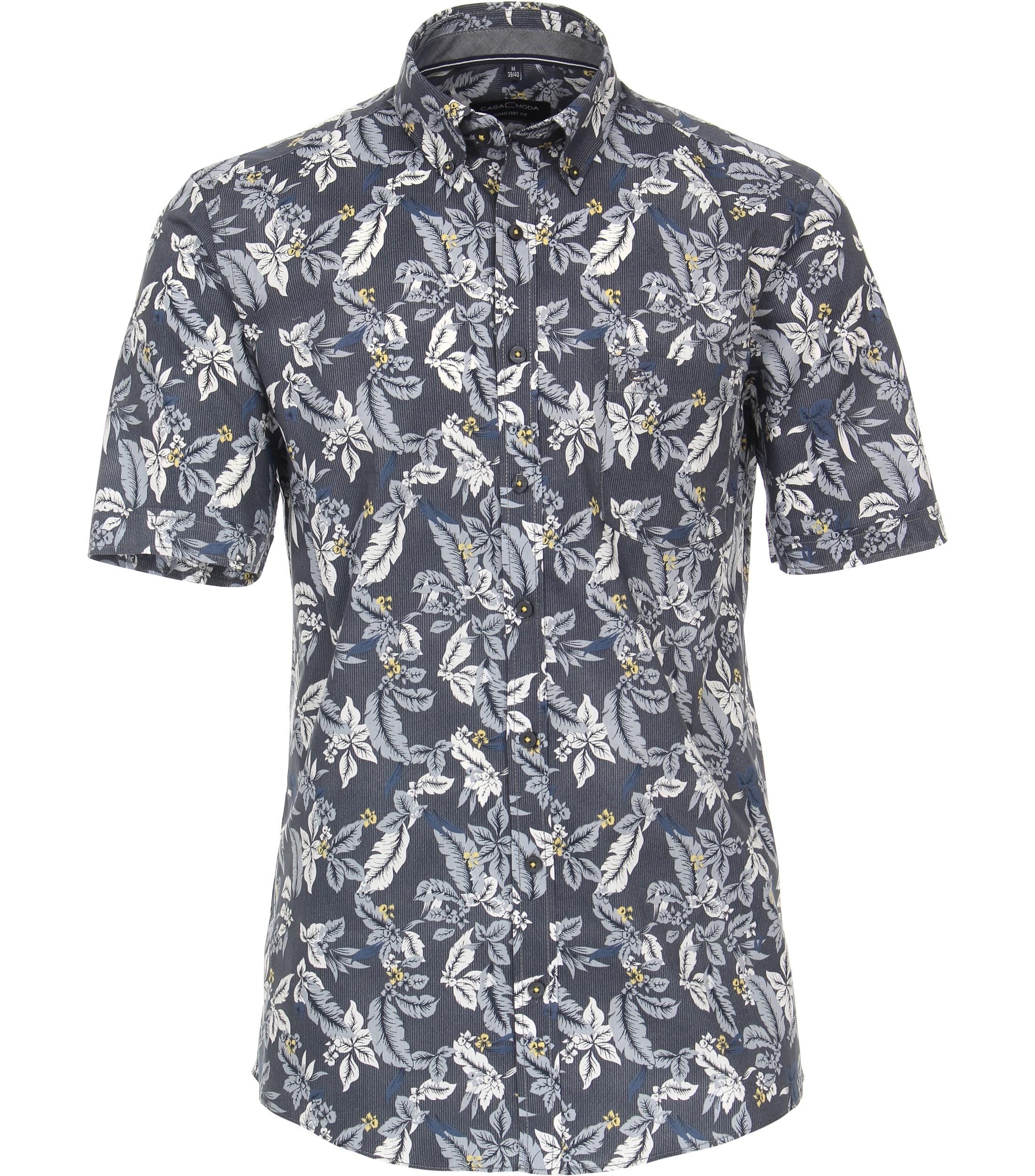 Overhemd met korte mouw van merk CASA MODA in de kleur blauw, gemaakt van 100% katoen. Dankzij de comfortabele snit en de zuivere katoenen stof maakt dit modieuze vrijetijdsshirt indruk met zijn aangename draageigenschappen. De bloemenprint is een echte blikvanger die elke outfit in de schijnwerpers zet. elke outfit wordt een echte eye catcher
