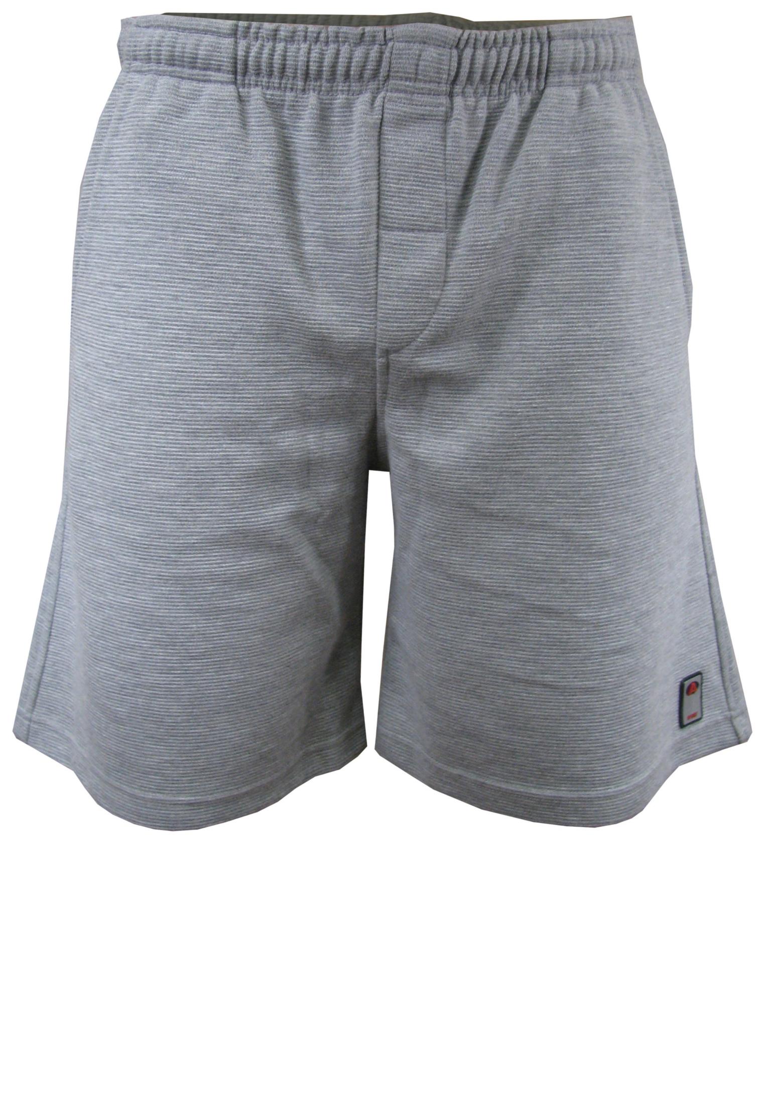 De broek draagt zeer comfortabel doordat deze gemaakt is van een dikke joggingstof. De joggingbroek is voorzien van een elastische tailleband en heeft een zak aan de achterzijde.