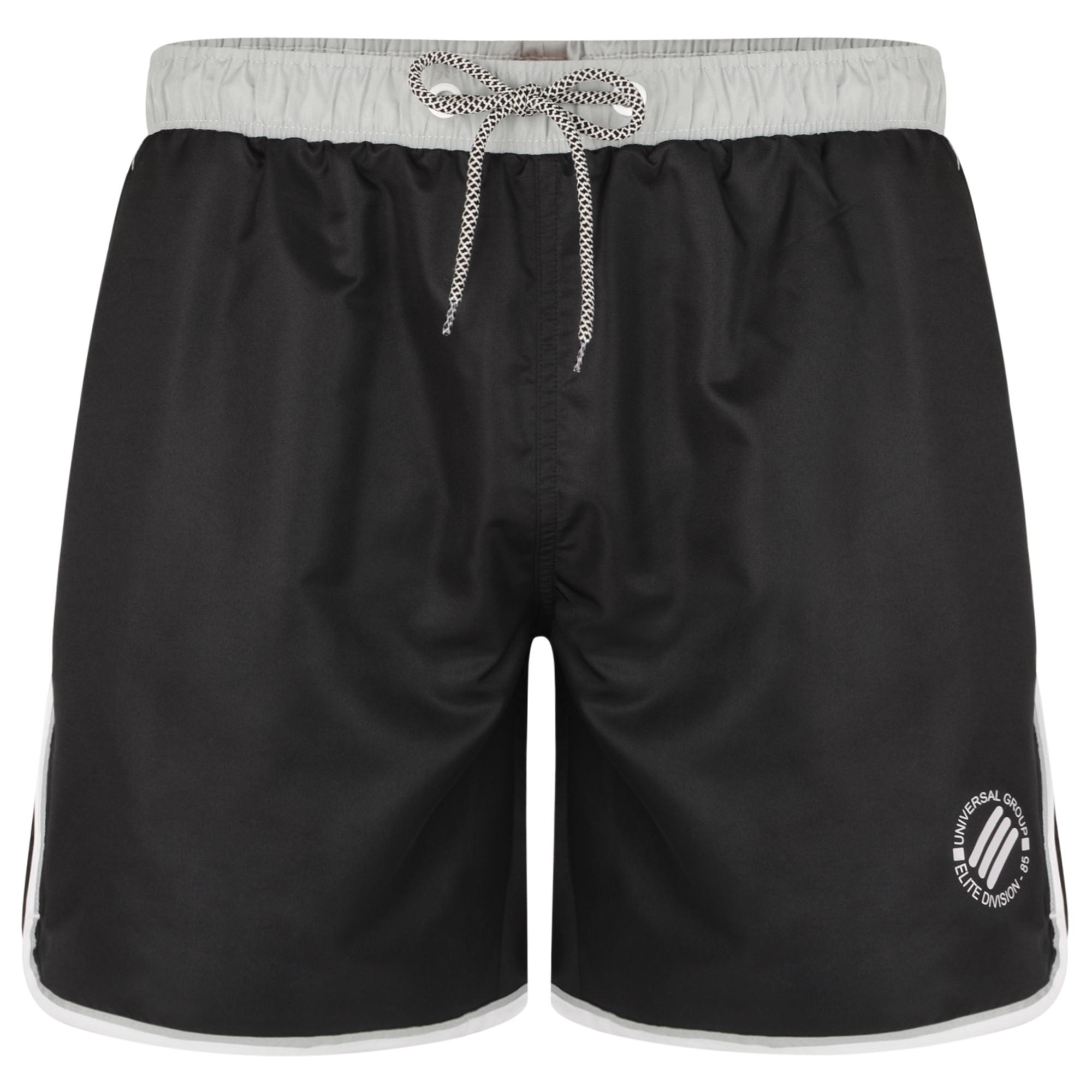 Swim Shorts Twinstripe van merk KAM Jeanswear in de kleur zwart, gemaakt van polyester. Met binnenbroekje, elastiek in de band en trekkoord, side piping en logo op de pijp.