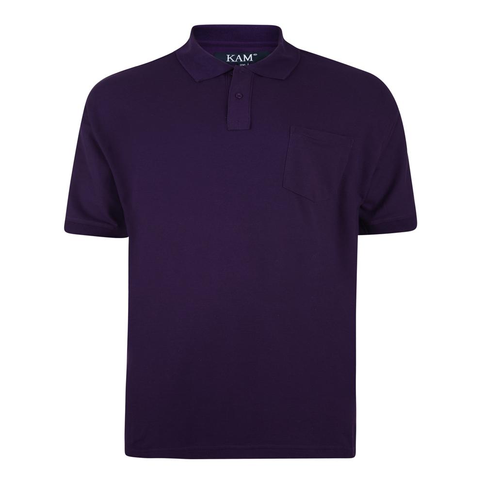 Effen polo van het merk KAM JEANSWEAR met een borstzakje op de linkerborst en een 3-knoopslijst. In de kleur paars.