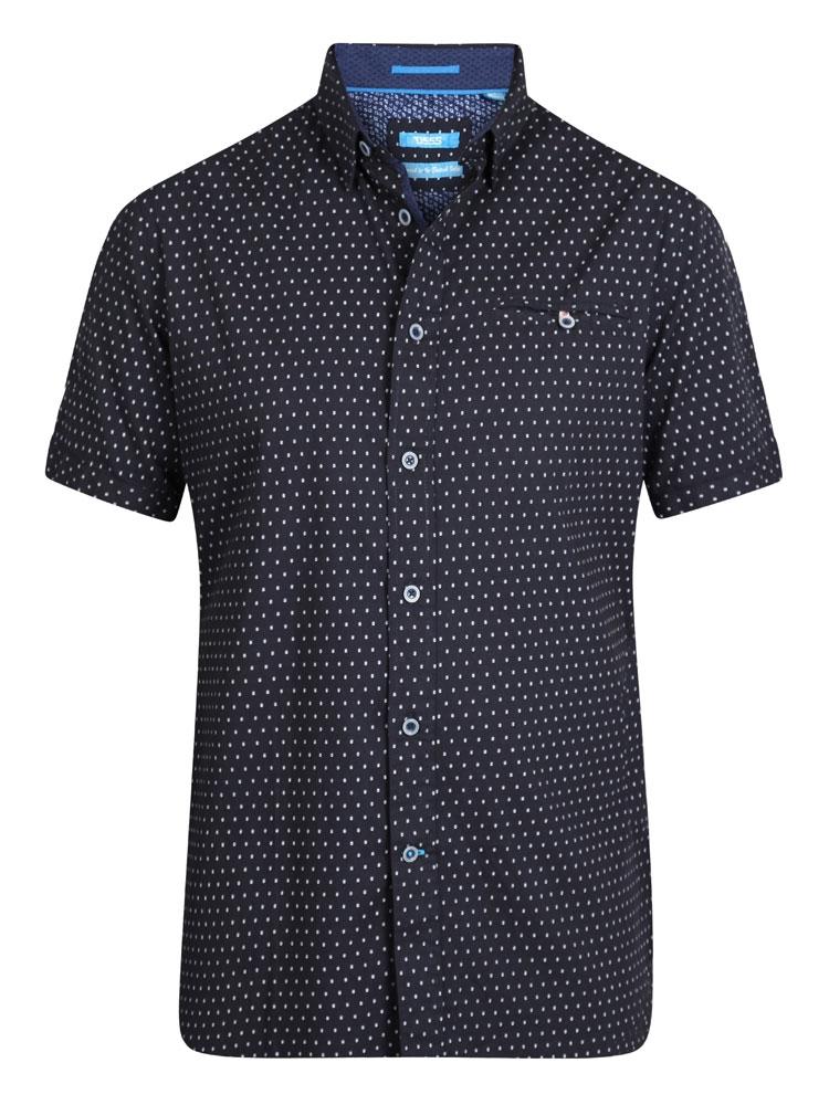 Mooi katoenen overhemd van D555 met fijne print en mooie gedetailleerde afwerking.