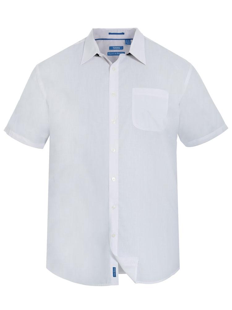 Overhemd van D555 uit de Signature Collectie, fijn lichtgewicht overhemd met een goede pasvorm. Zeer geschikt als zakelijk en ook casual hemd. Borstzakje links met knoopje.