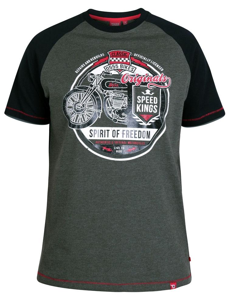 """T-shirt """" Spirit of Freedom"""" van merk D555 in de kleur khaki, gemaakt van 100% katoen."""